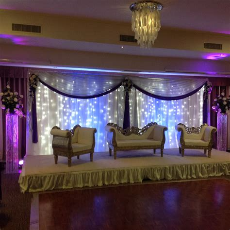 wall of lights for weddings 2017 wedding trends what