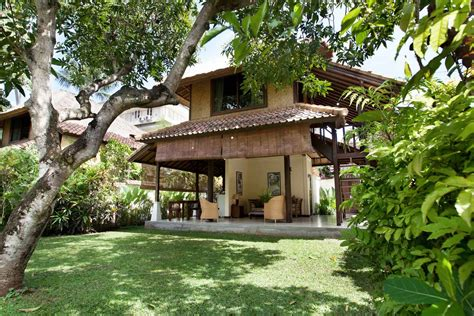 Bedroom In Garden by Garden Bungalows Seminyak One Bedroom Villa Coco Bali