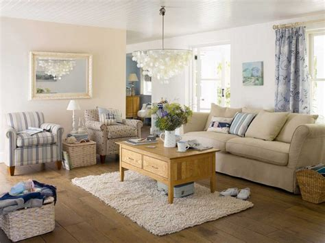 Comfy Family Room Decorating Ideas With Cream