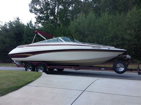Crownline Outboard Boats For Sale by 24 8 Quot Crownline Bowrider Boat For Sale From Usa