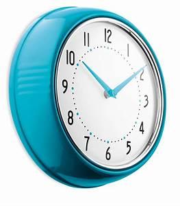Horloge Murale Rouge : color pendule cadeaux d 39 affaires ~ Teatrodelosmanantiales.com Idées de Décoration