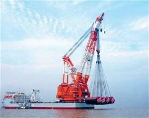 Giant crane cleared to lift at sea