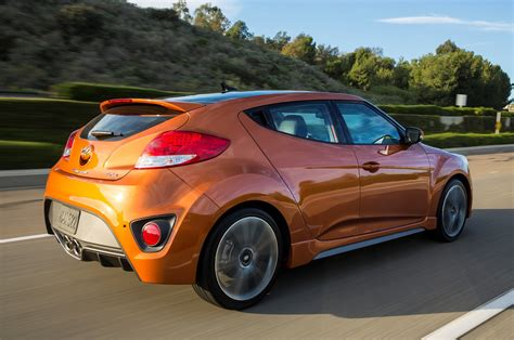 Hyundai Car : 2017 Hyundai Veloster Reviews And Rating