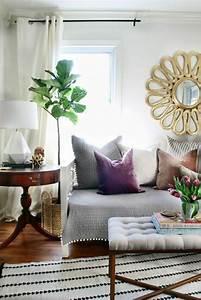 le gros coussin pour canape en 40 photos With tapis ethnique avec meilleur canapé