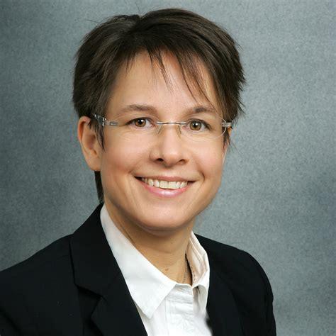 Melanie Rührlehner  Außendienstmitarbeiterin Für