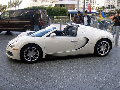 See more ideas about bugatti, bugatti cars, cars. Welche Automarke (BMW oder Audi) mehr Respekt auf der Straße : Lifestyle - Seite 2