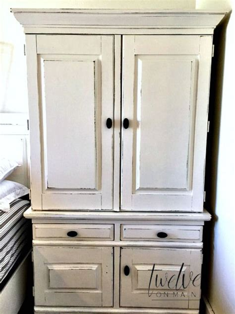 Paint Armoire 25 Best Ideas About Armoire Redo On Armoire