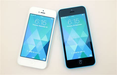 iphone 5 vs 5c apple iphone 5c vs iphone 5 a side by side comparison of