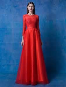 robe de mariã e manche longue robe longue en dentelle manche longue robe longue