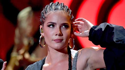 Halsey Calls Out Hotels For Catering To White Hair