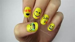Emoji nail art tutorial : Emoji nail art