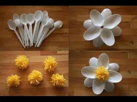 creativas manualidades  cucharas de plastico dale