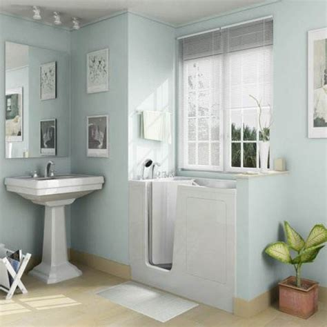 Ideas For Remodeling A Small Bathroom by Modern Small Bathroom Renovation Decoration Ideas