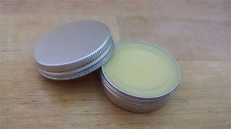 lipgloss selber machen kinder diy lippenpflege aus nur drei basis zutaten bienenwachs kokos 246 l und sheabutter zero waste