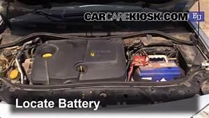 Batterie Megane 3 : battery replacement 2002 2008 renault megane 2003 ~ Farleysfitness.com Idées de Décoration