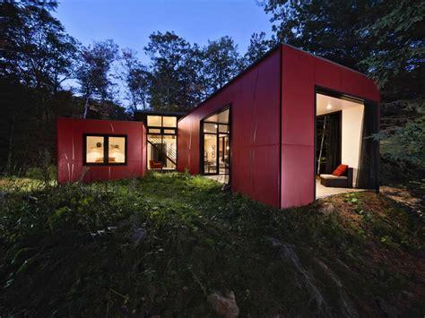 simple vacation cottage design  kariouk associates