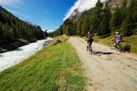 val roseg carrozze diario di viaggio val roseg engadina svizzera