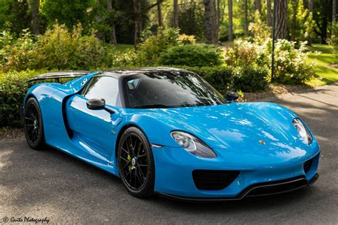 paul walker blue porsche this 918 spyder just looks amazing in baby blue if you