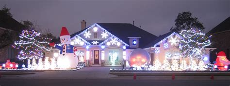 christmas lights synced to angry birds theme 171 cbs detroit
