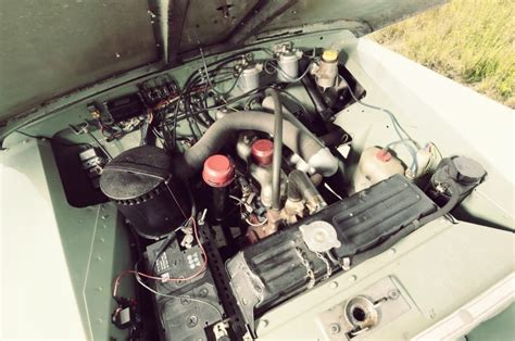 3 Series Engines by 1968 Land Rover Series Iia