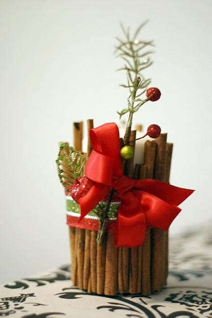 handmade christmas decorations  cinnamon sticks