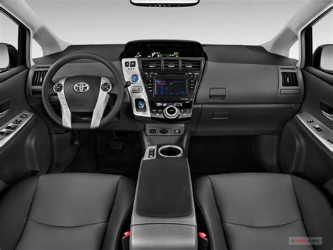 Toyota Prius 2012 Interior by 2012 Toyota Prius V Pictures Dashboard U S News