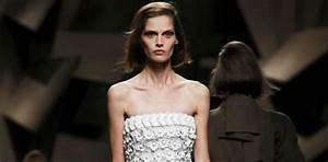 Buenos Aires Set To Ban Underweight Models From The Catwalk