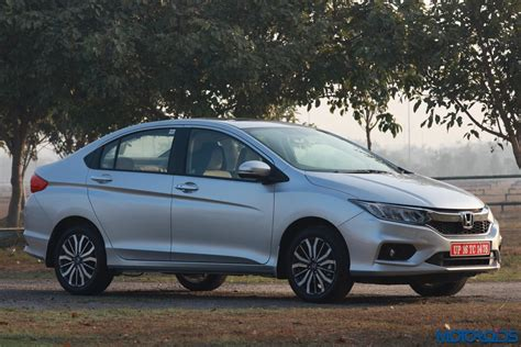 Honda City by New 2017 Honda City Facelift India Review Price Specs