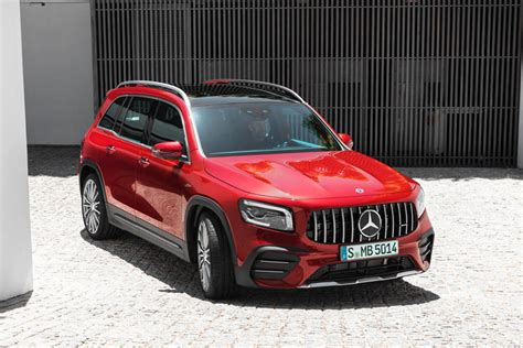 New steering knuckles and transverse control arms at the front axle enhance lateral dynamics and reduce body roll. 2020 Mercedes-Benz AMG GLB 35 Review, Trims, Specs and Price   CarBuzz