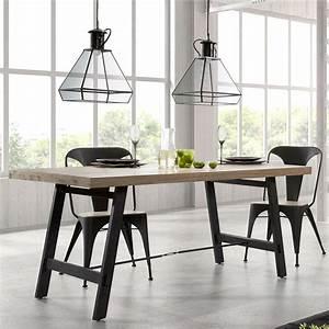 Esstisch Holz Metall Design : esstisch aus holz und metall in modernem design easy ~ Buech-reservation.com Haus und Dekorationen