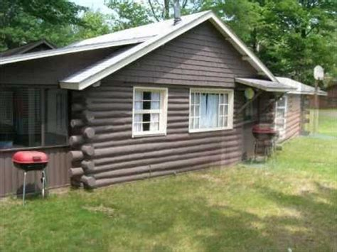 cabins for in michigan 2 bedroom cozy lakefront vacation rental log cabin on