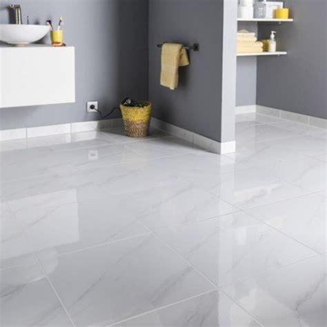 qualité cuisine leroy merlin carrelage sol et mur blanc effet marbre samos l 45 x l 45