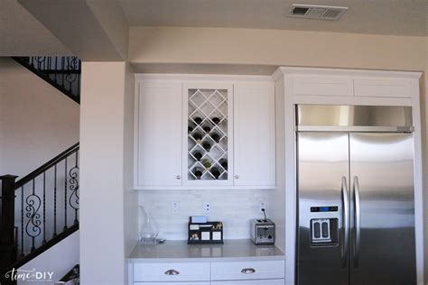 pictures of kitchens with backsplash gray and white kitchen 7474