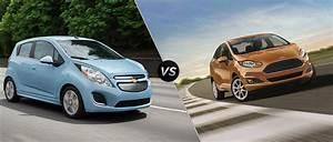 Ford Fiesta 2016 : 2016 chevy spark vs 2016 ford fiesta ~ Medecine-chirurgie-esthetiques.com Avis de Voitures