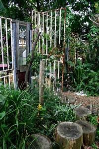 Garden, Dividers
