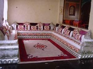 decoration design pour salon la touche marocaine en 2016 With tapis salon marocain