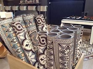 Tapis Pvc Carreaux De Ciment : beija tapis vinyle imitation carreaux ciment deco inspi pinterest ciment tapis et vinyles ~ Teatrodelosmanantiales.com Idées de Décoration