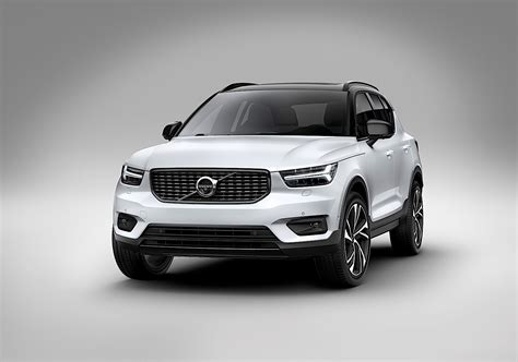 Volvo Car : Volvo Xc40 Named 2018 European Car Of The Year