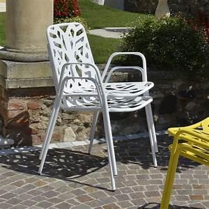 Garten Stapelstuhl Metall : rig71p stapelstuhl aus metall mit armlehnen f r garten ~ Buech-reservation.com Haus und Dekorationen