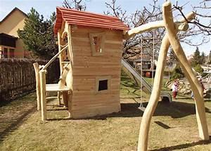 Spielturm Schaukel Rutsche : spielturm mit schaukel und rutsche google suche spielturm pinterest ~ Frokenaadalensverden.com Haus und Dekorationen
