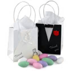 wedding gift bags mini and groom wedding favor bag hansonellis
