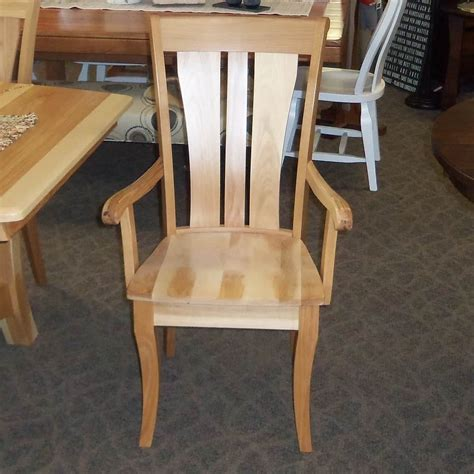 grand island dining set shown  hickory   natural finish amish oak