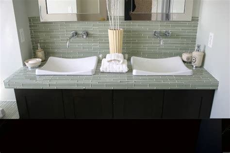 is glass tile suitable for use in a bathroom countertop