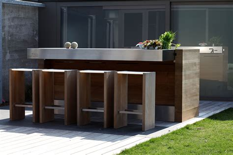 outdoor kitchen lighting 7 tips for lighting outdoor kitchens lighting decor mag 1304