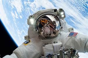 NASA Astronaut Takes Selfie in Space