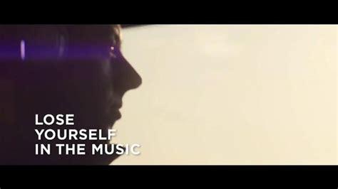 bose quietcomfort  tv commercial listen