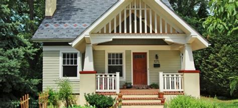 Hip Roof Gable Roof by Gable Or Hip Roof Pros And Cons Doityourself