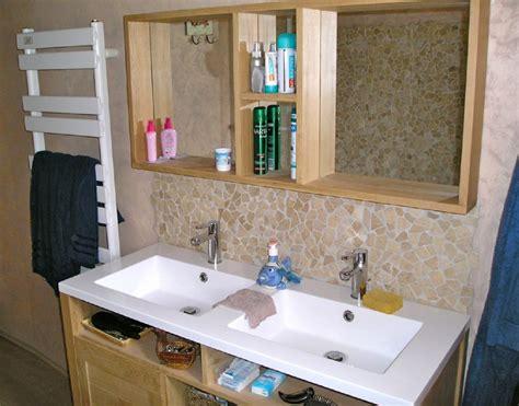 chambre avec poutres apparentes la salle de bain propriété idéale pour cavaliers