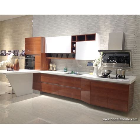 Frameless Kitchen Cabinets for a Modern Kitchen