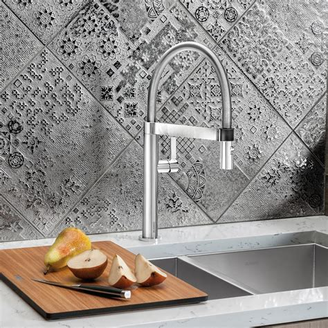 The Benefits of a Pre Rinse Kitchen Faucet   Design